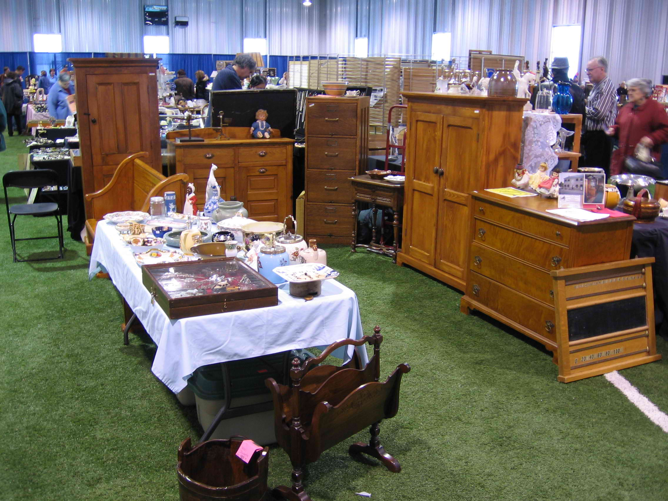 Merrickville Antique Show